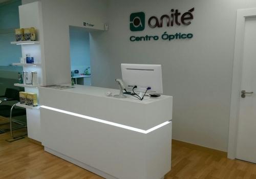 centro óptico anité